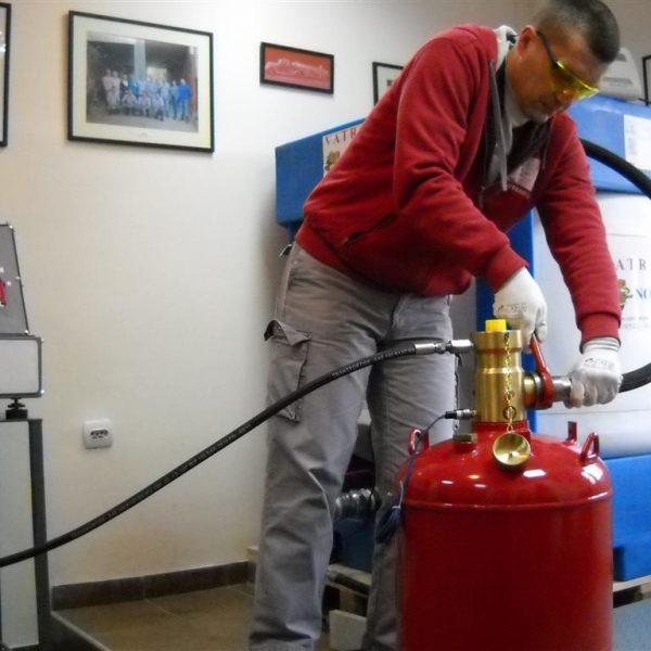 شارژ کپسول های آتش نشانی